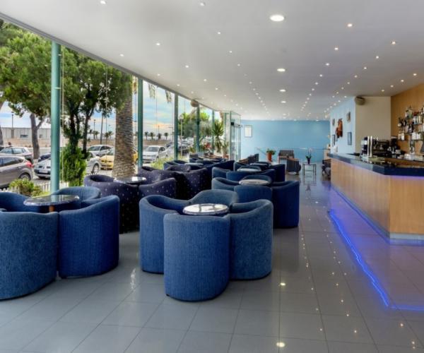 Bar / Cafeteria